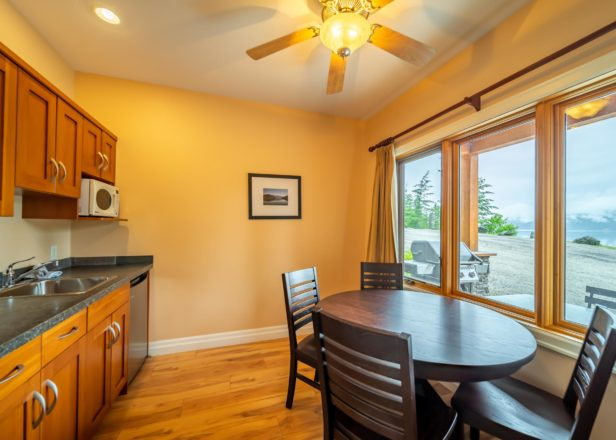 Picture of small studio suite dining table